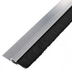 enobi Streifenbürste 8033 - gerade - mit Alu-Profil blank und 15 mm Bürstenhöhe, Besatz PA6 schwarz glatt, auf Maß