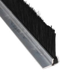 enobi Streifenbürste 7032 - 90° Winkel - mit Alu-Profil blank und 40 mm Bürstenhöhe, Besatz PA6 schwarz glatt, auf Maß